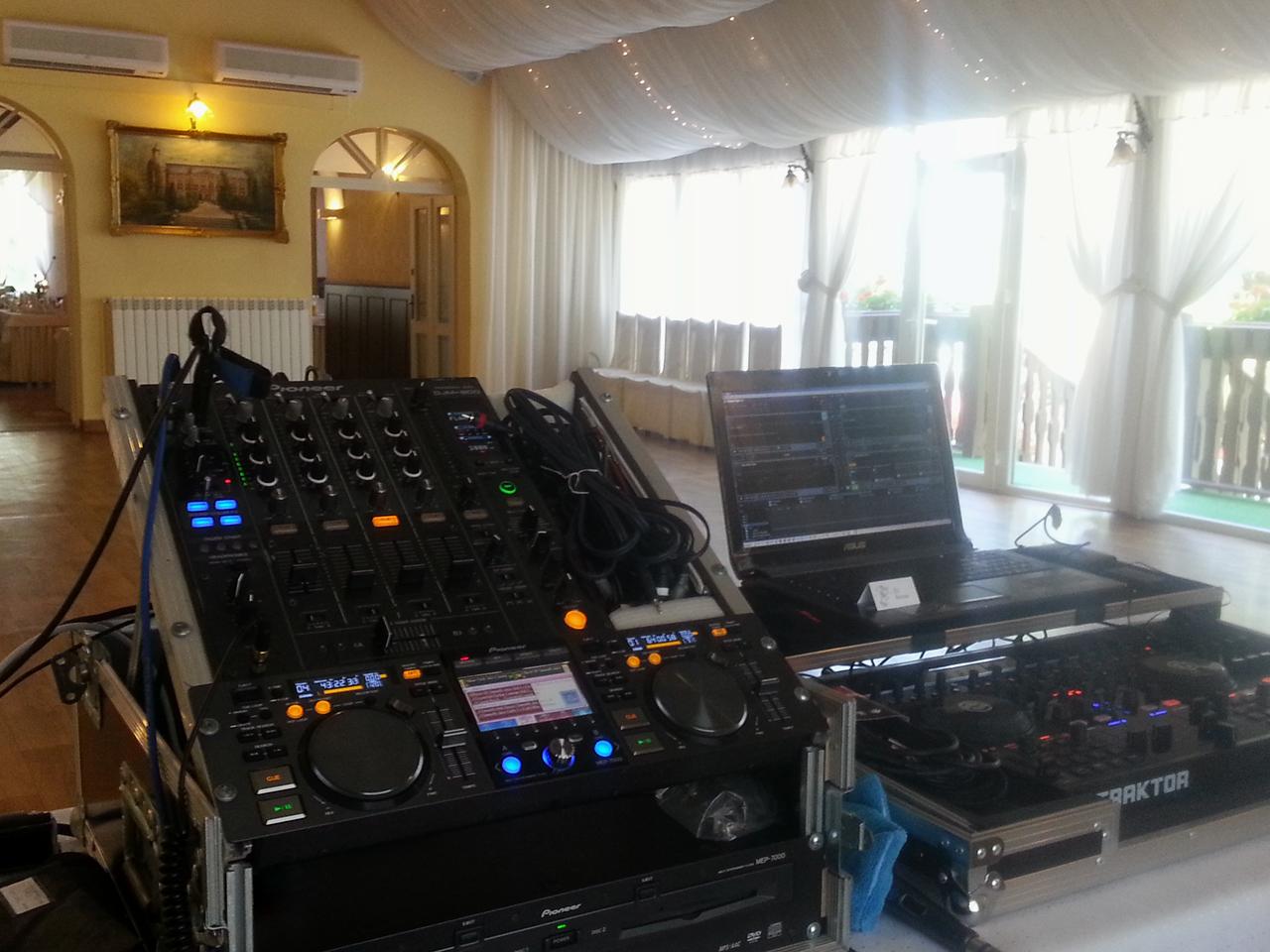 DJ na svatbu reference Zámek Chalupki Polsko